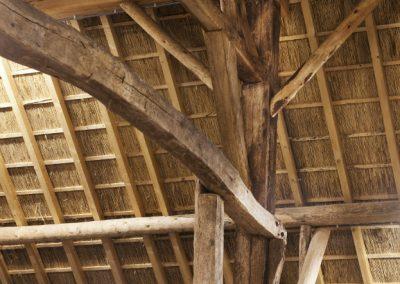 boerderij-kwadendamme-gebruik-bestaande-en-nieuwe-balken